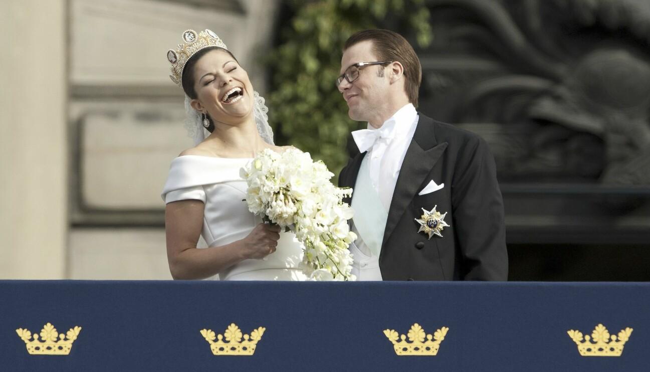 Kronprinsessan Victoria och prins Daniel på sin bröllopsdag 2010.