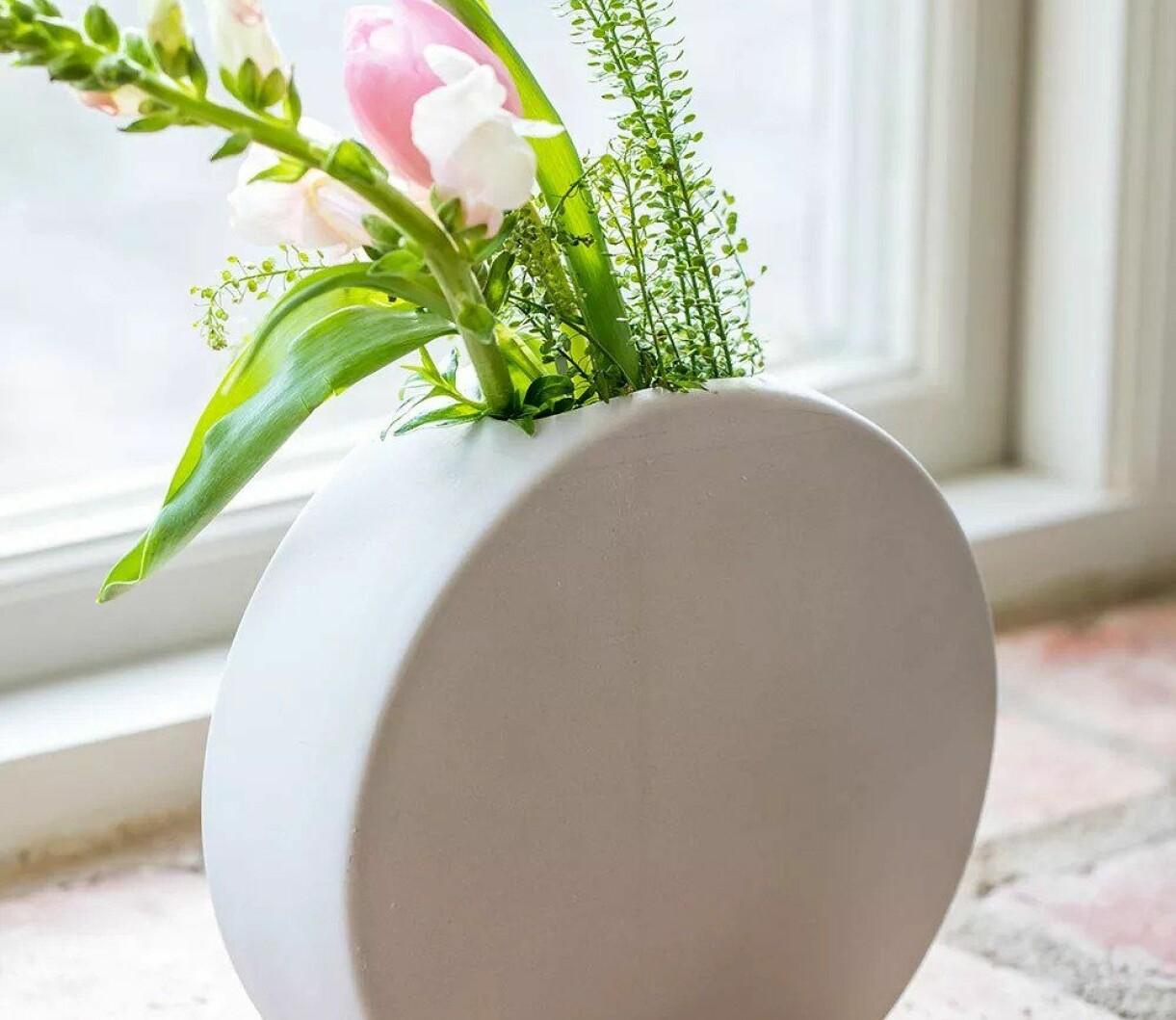 Cirkelformad keramikvas