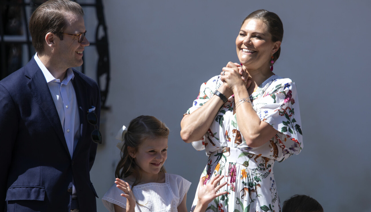 Victoria, Daniel och Estelle vid kronprinsessans födelsedag den 14 juli 2019.