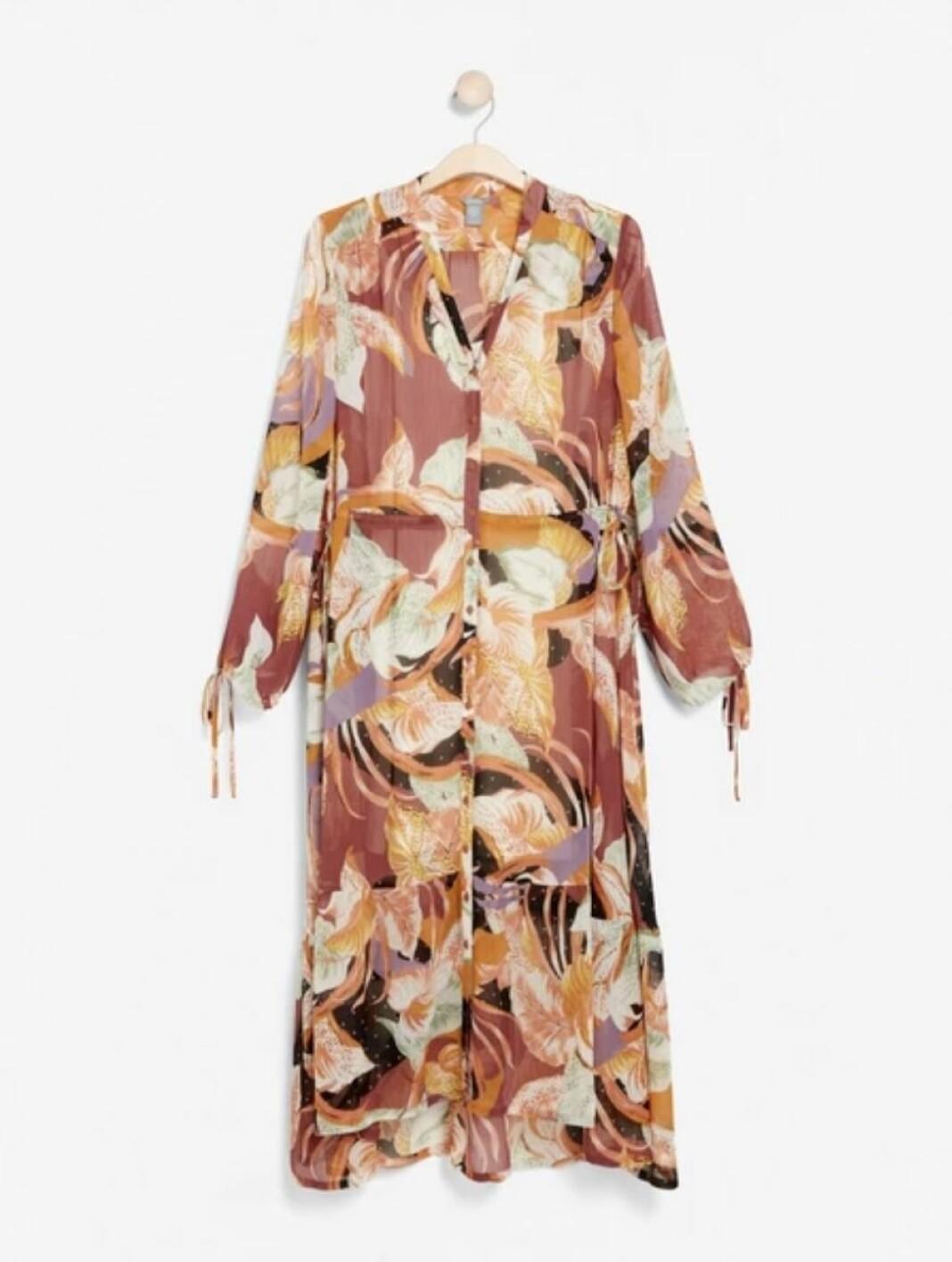 En luftig och skön maxi-klänning från Lindex