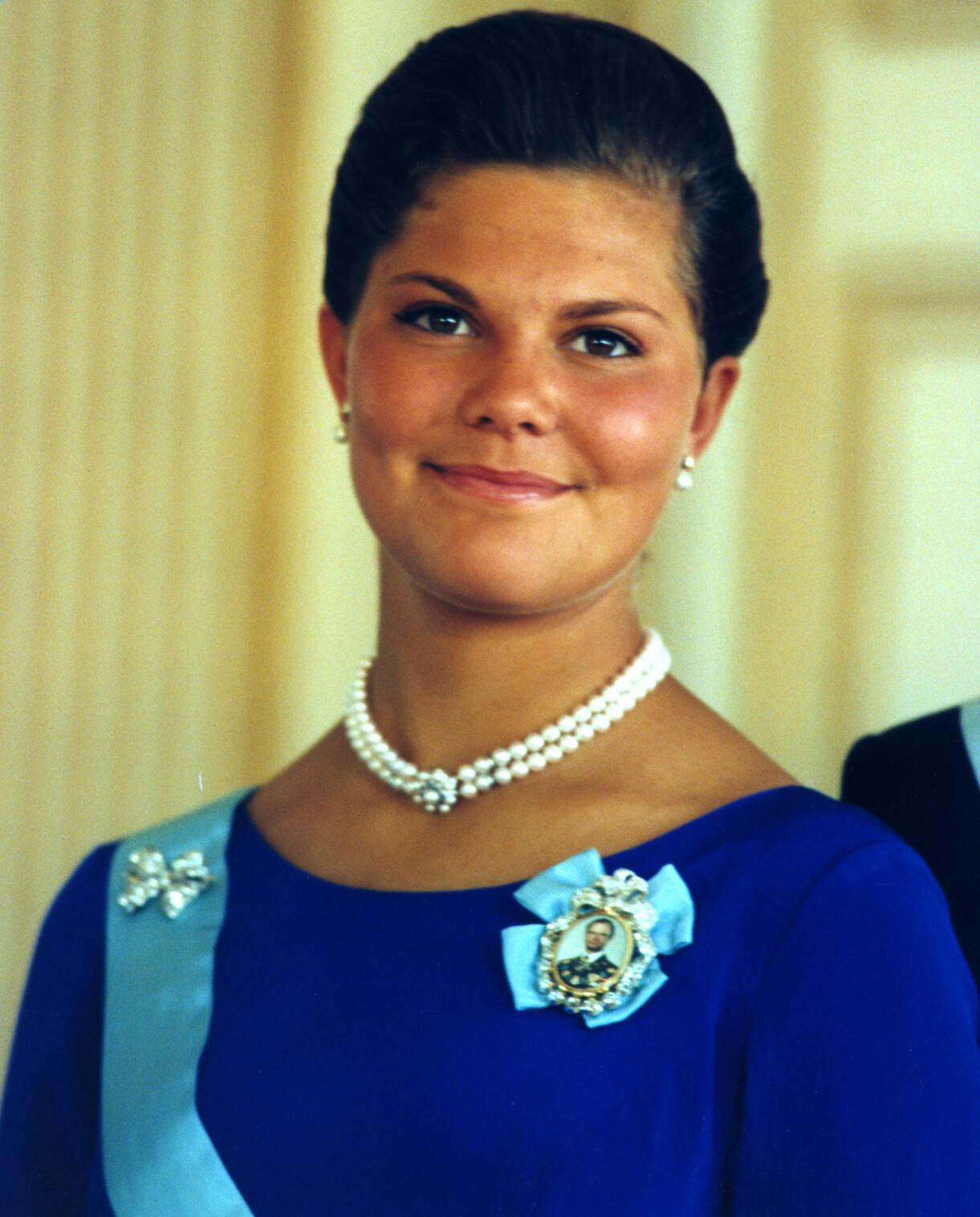 Kronprinsessan Victoria på sin 18-årsdag 1995.