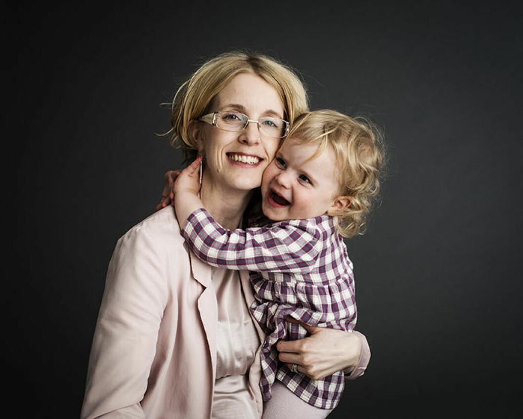 Endast Anna står som juridisk vårdnadshavare till de tre barnen i nuläget.