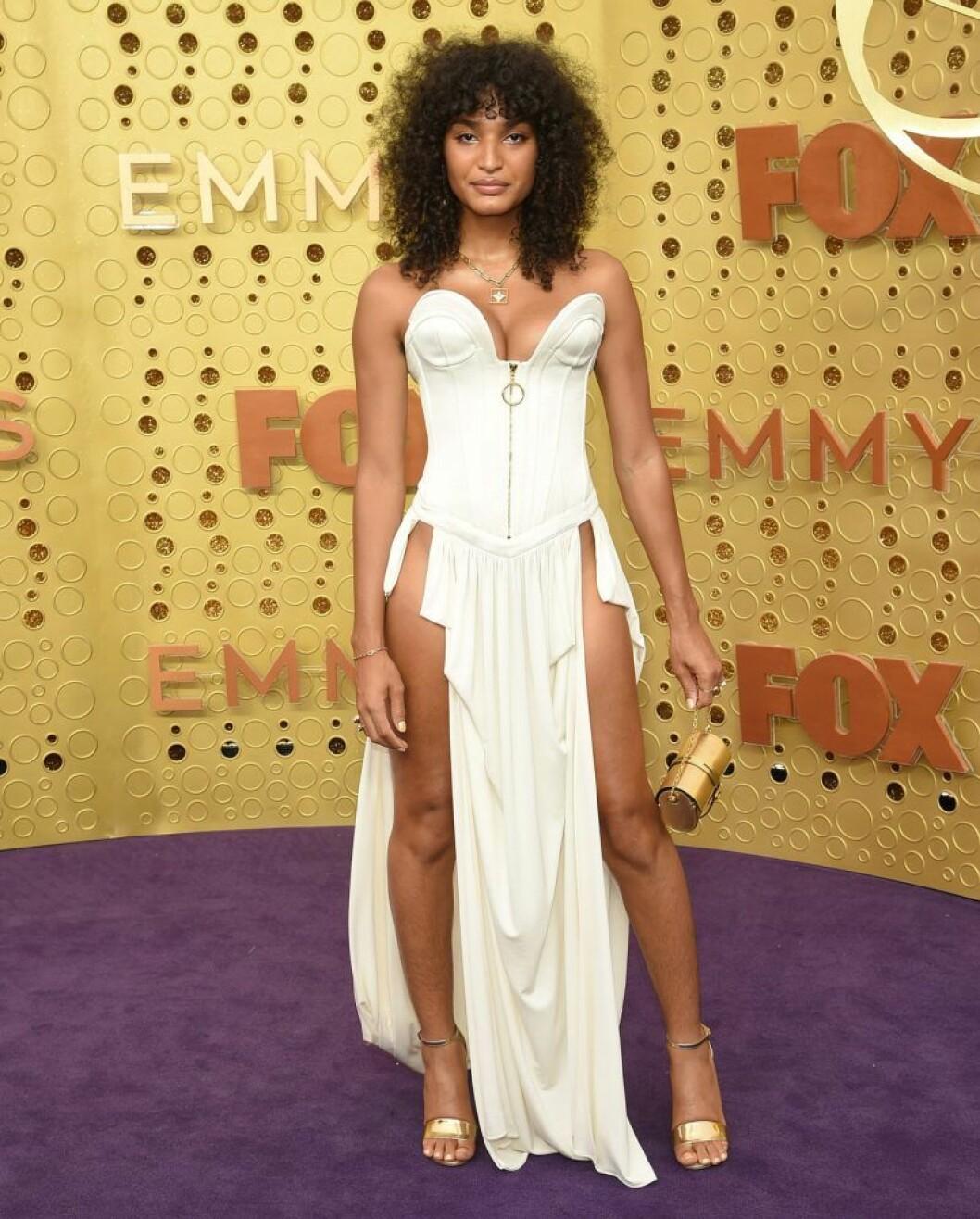 Indya Moore på röda mattan på Emmy Awards 2019
