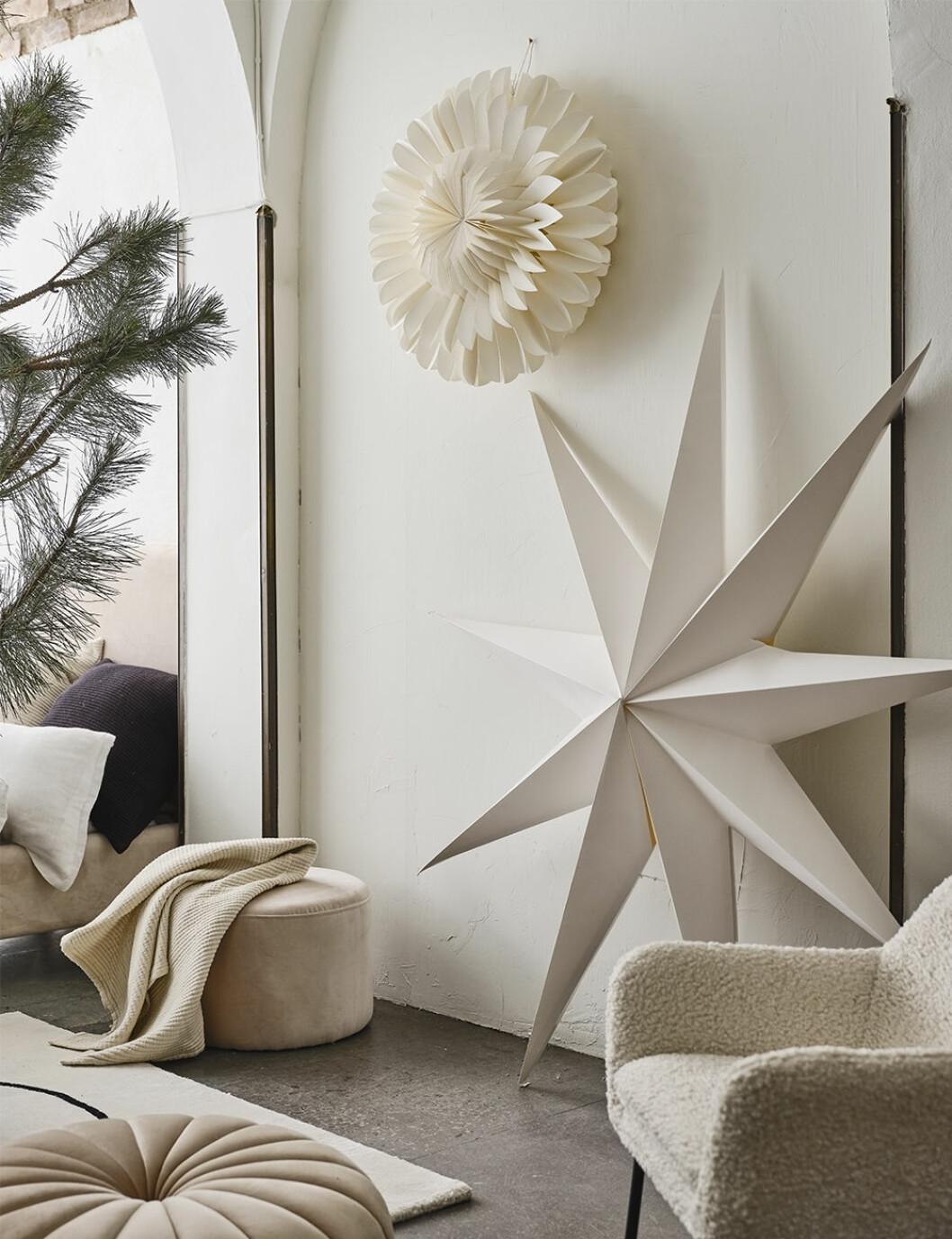 Stor vit julstjärna från Jotex