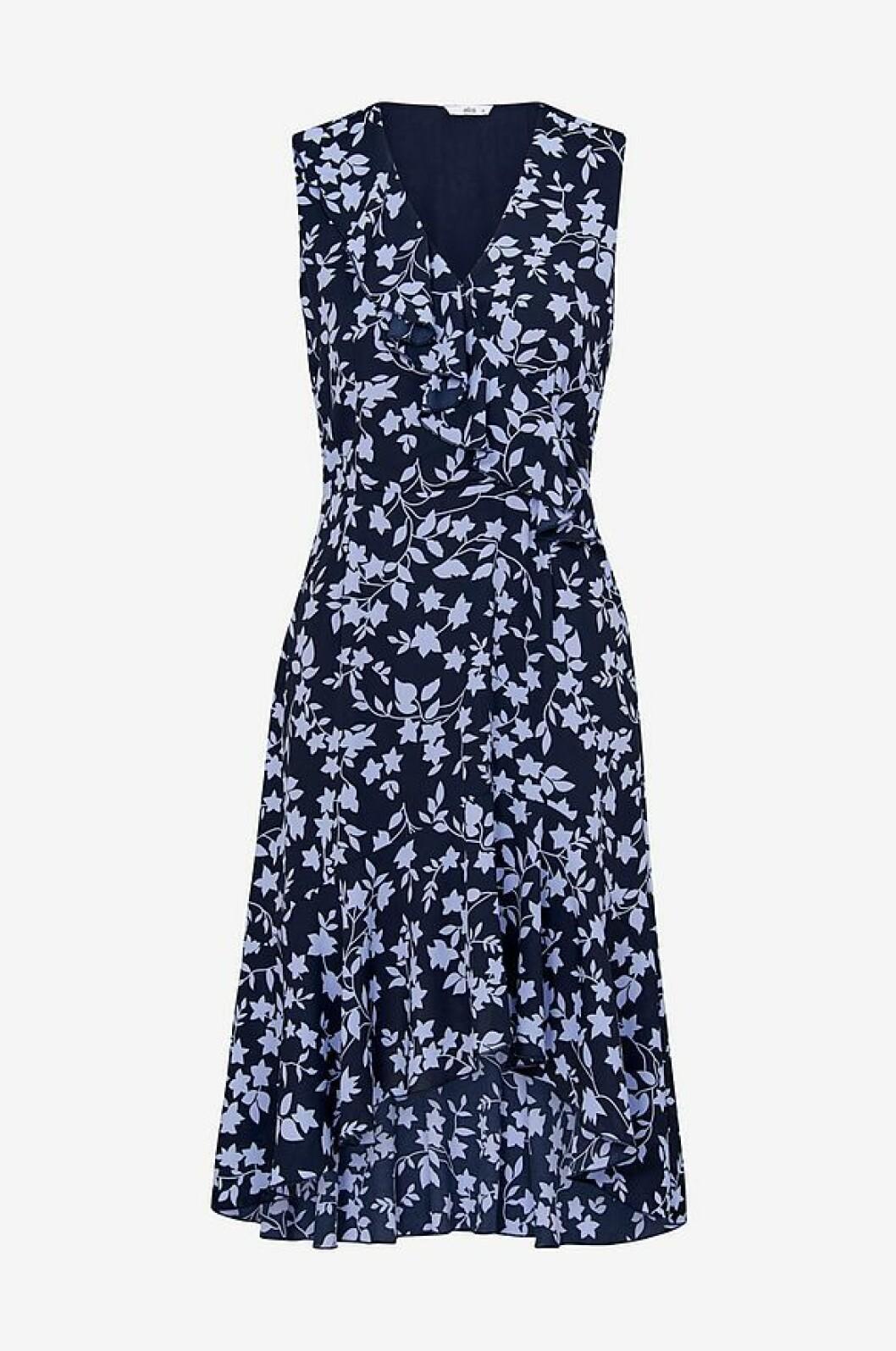 Blåa blommig klänning
