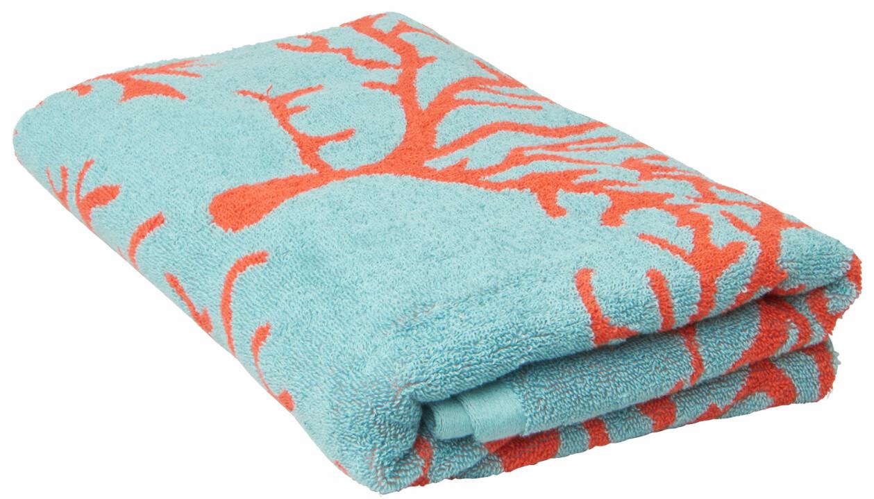 Korallmönstrad handduk från Åhléns