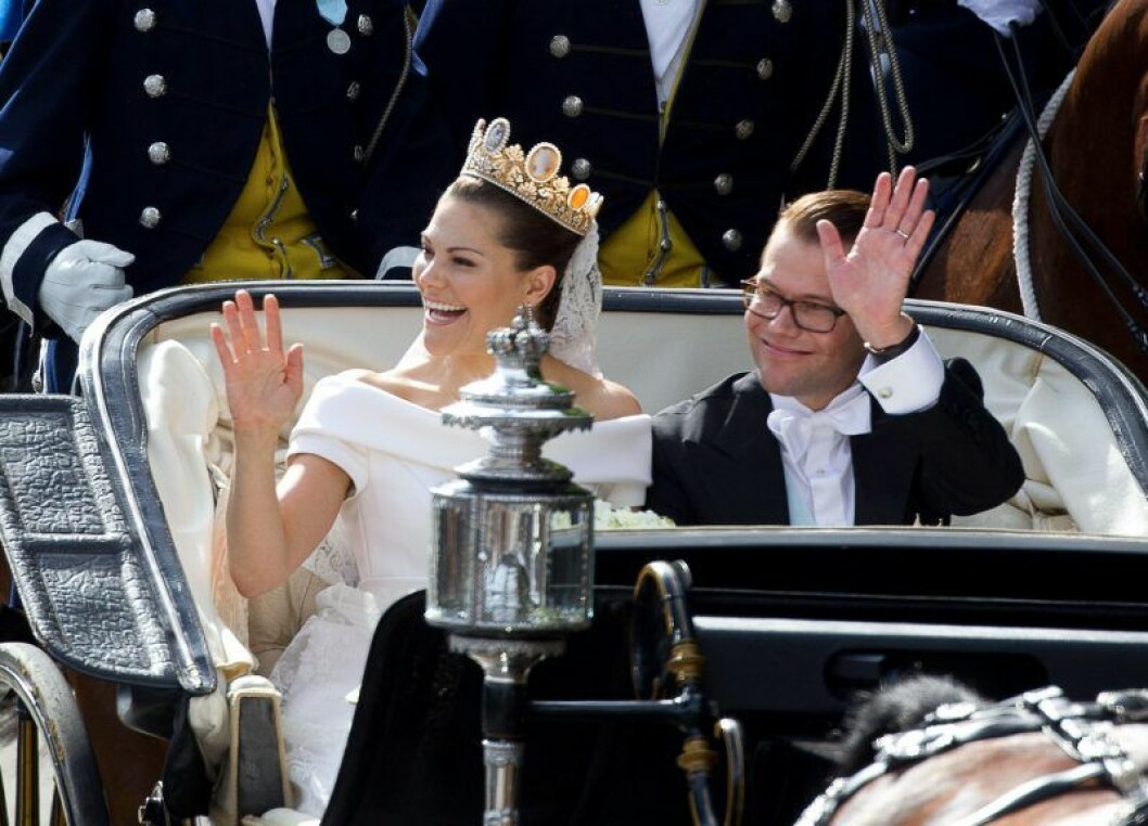 Kronprinsessan Victoria och prins Daniel på bröllopsdagen