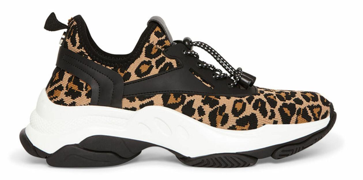 Leopardmönstrade sneakers från Steve Madden.