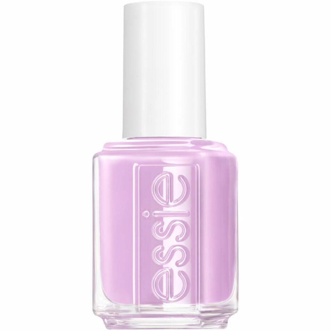 Lila nagellack från Essie