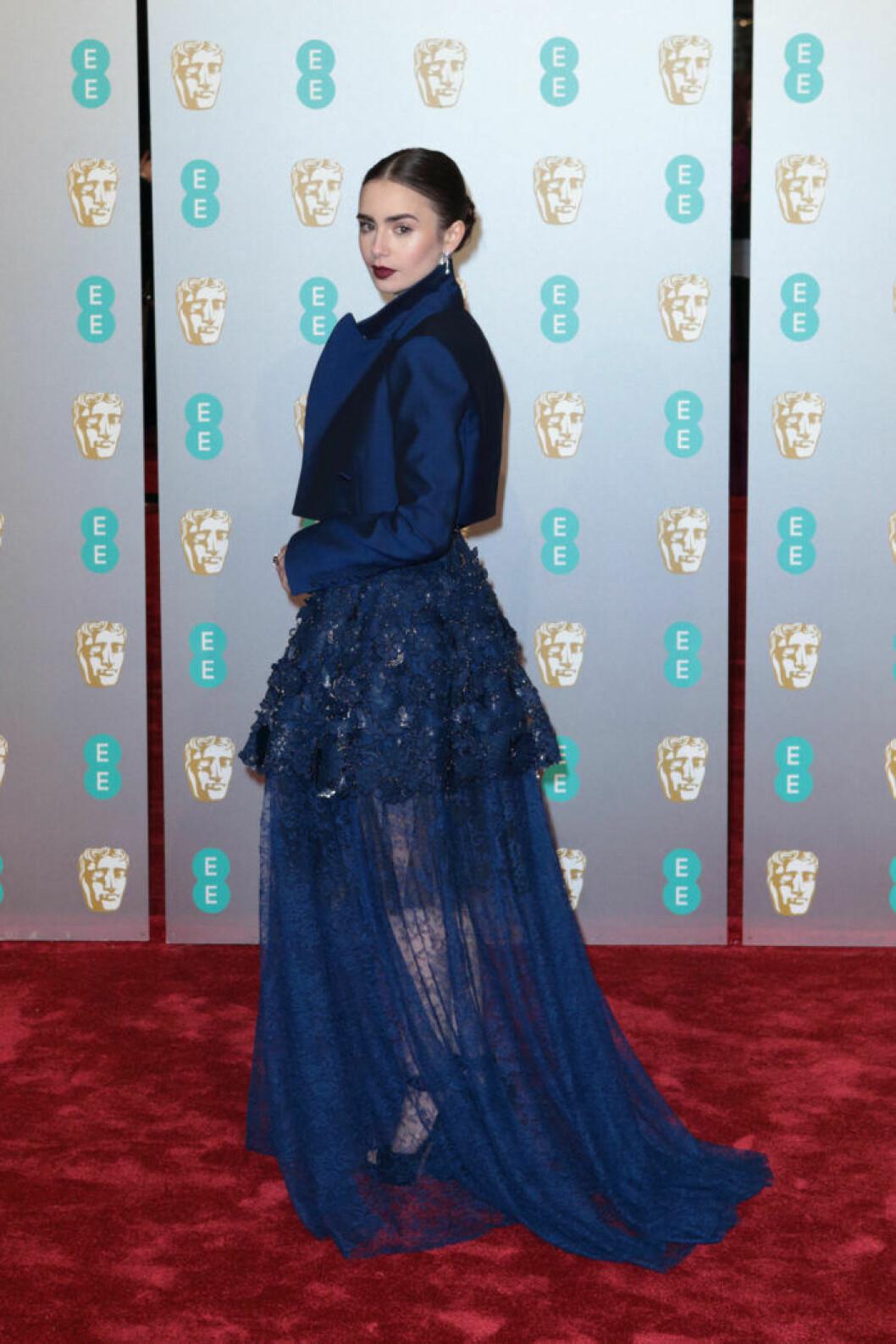 Lily Collins på BAFTA 2019