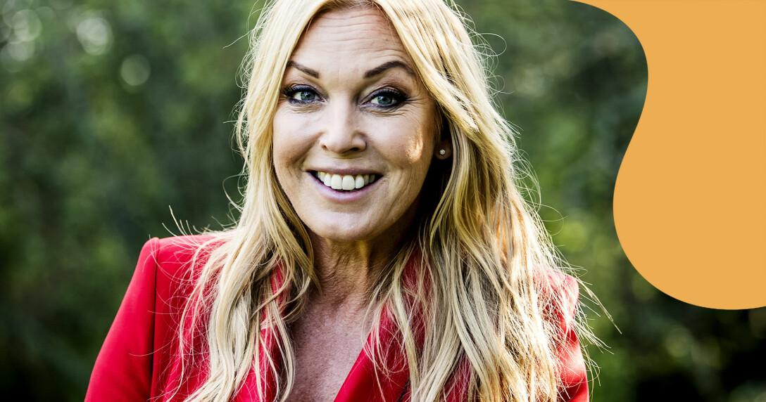 Programledaren Linda Lindorff fotograferad inför nya säsongen av Bonde söker fru 2019.