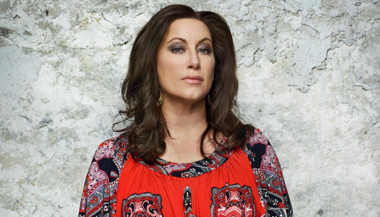 Lisa Nilsson i en vacker klänning som hon bar i Så mycket bättre.