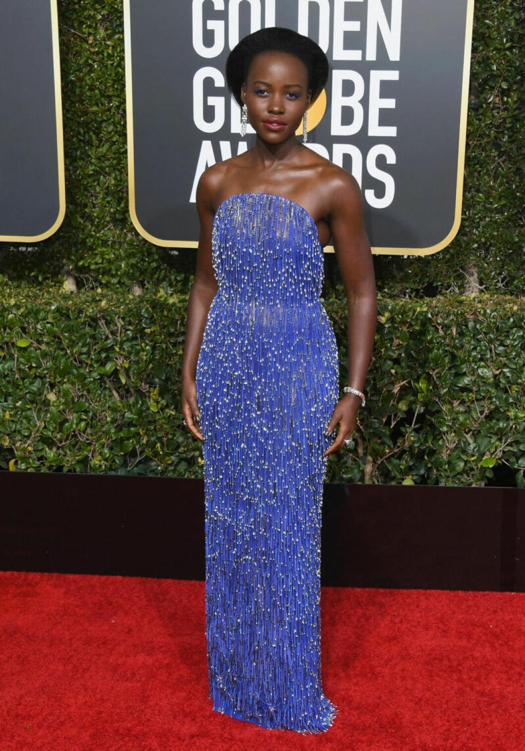 Lupita Nyong'o på röda mattan på Golden Globe