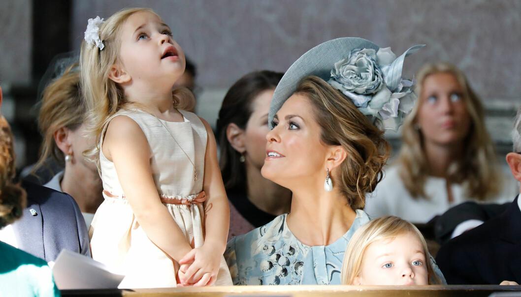 Prinsessan Leonore med mamma Madeleine