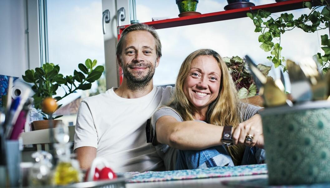 Magriffe och maken Fredrik ser lyckliga ut tillsammans.