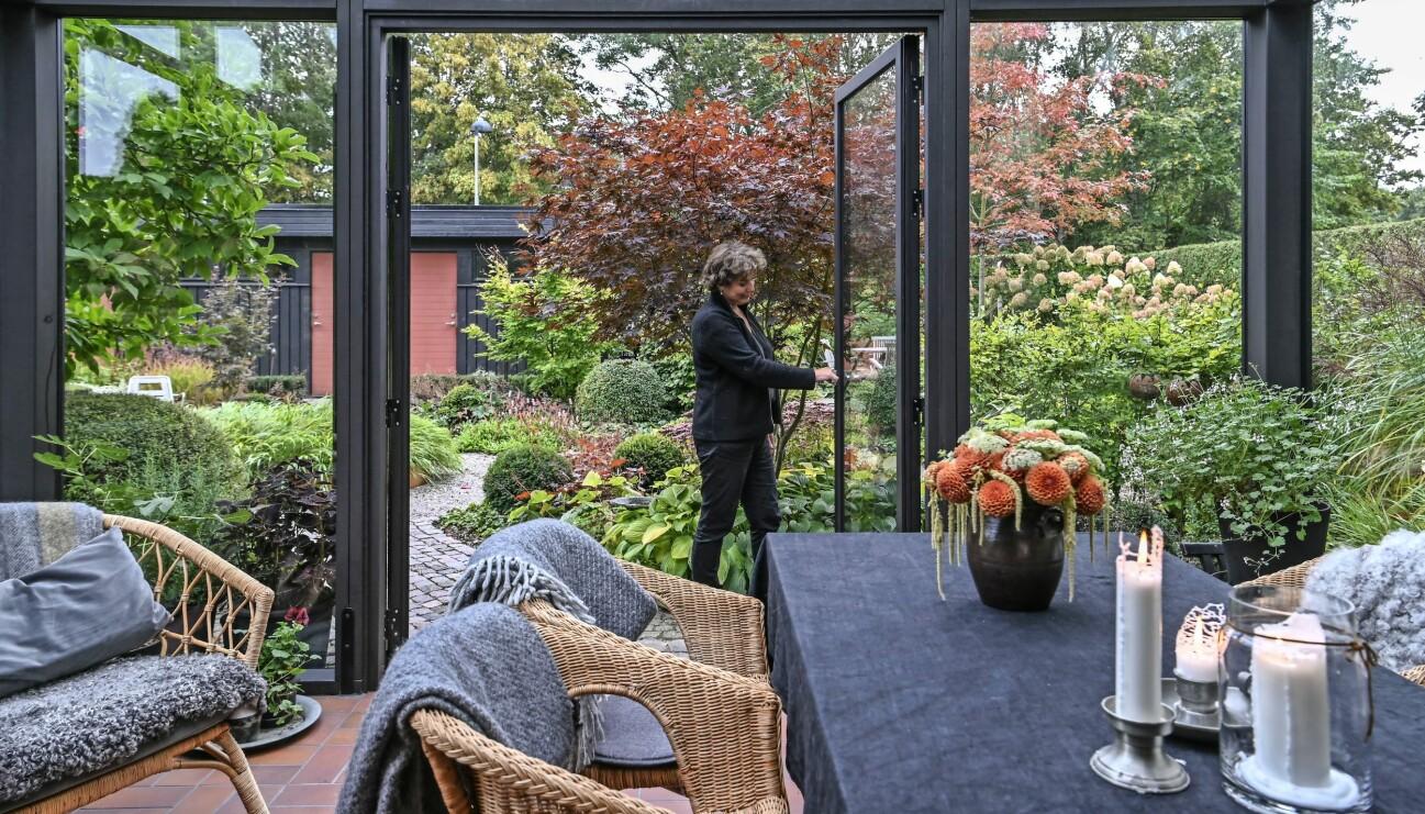 Maria Dremo Sundström visar upp sitt orangeri.