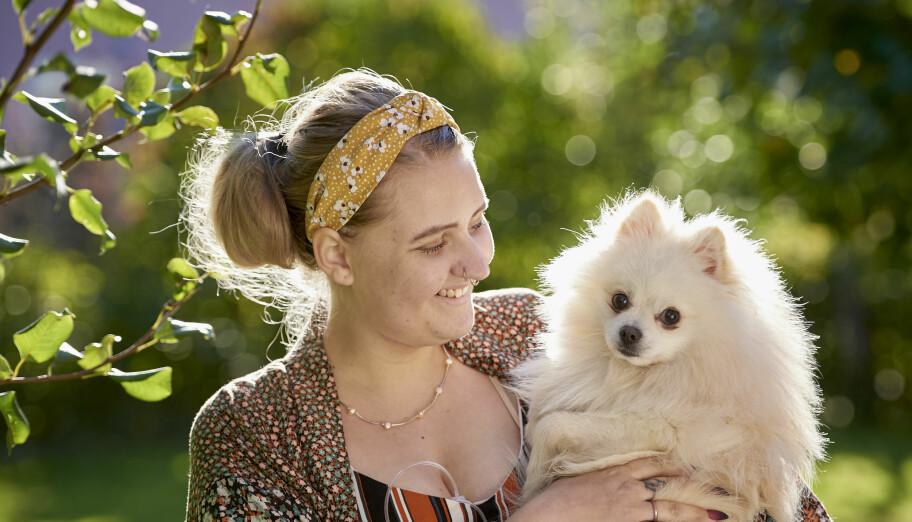 Matilda Mattsson hittade en väg bort från själskadebeteendet delvis tack vare hundvalpen Wilmer.