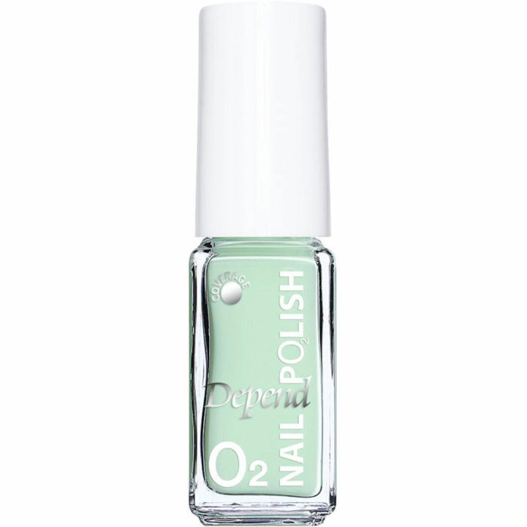 Mintgrönt nagellack från Depend
