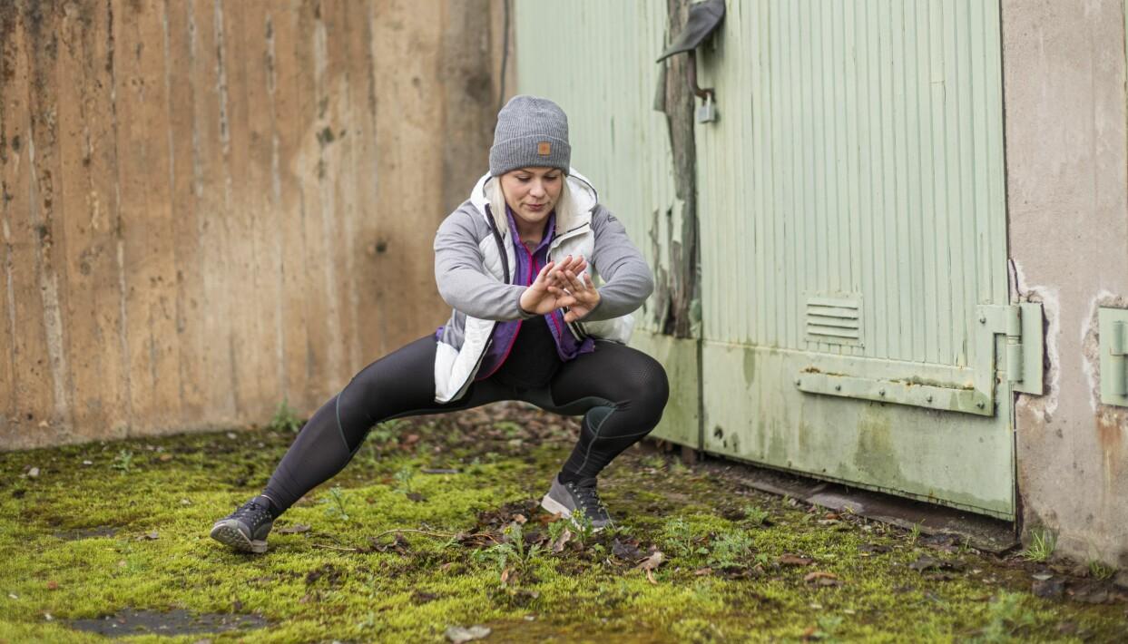 När Jennifer mådde som sämst vägde hon 20 kilo mer än hon gör i dag. Här tränar hon utomhus. Foto: Peter Ericsson