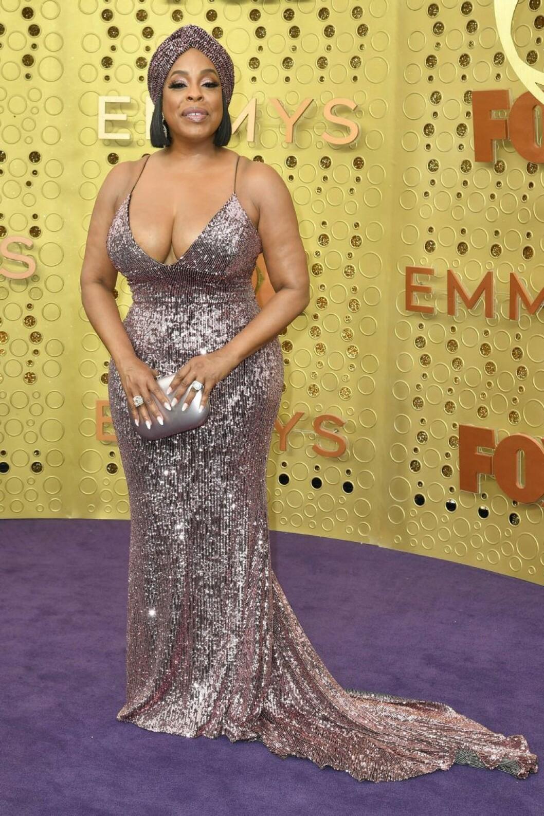 Niecy Nash på röda mattan på Emmy Awards 2019