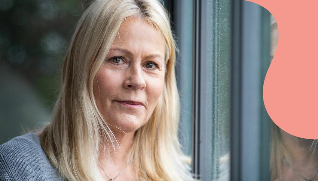 Skådespelaren Nina Gunke, som nyligen berättade att hon drabbats av alzheimer, fotograferad i sin lägenhet på Lidingö.