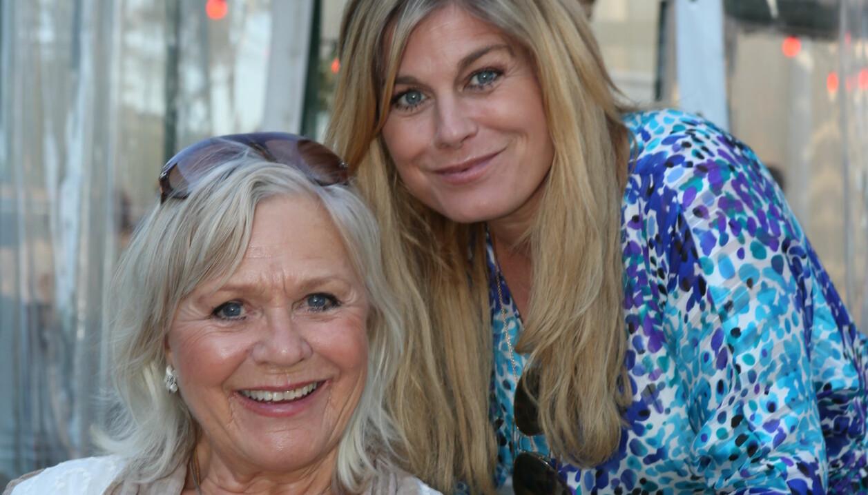 Christina Schollin med sin dotter Pernilla Wahlgren.