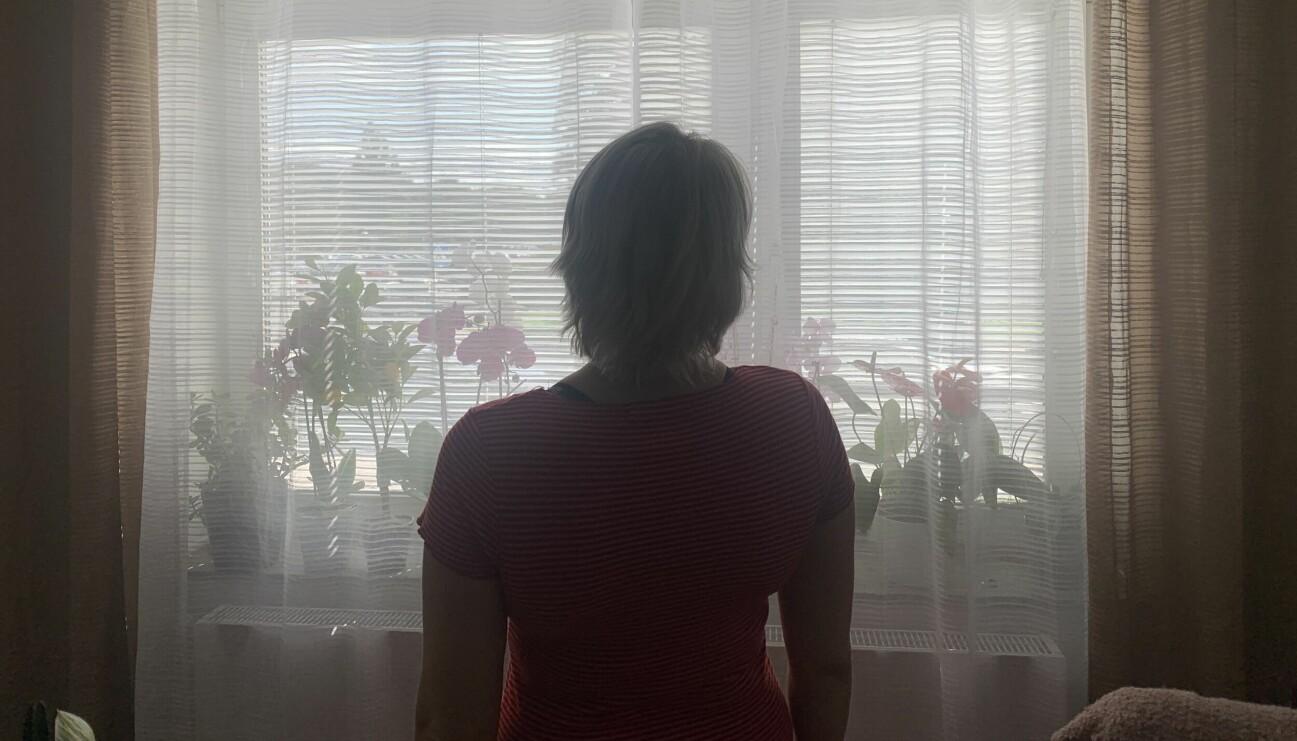 Petra våldtogs i sitt hem men har inte fått sitt skadestånd efter våldtäkten. Den har däremot våldtäktsmannen fått.