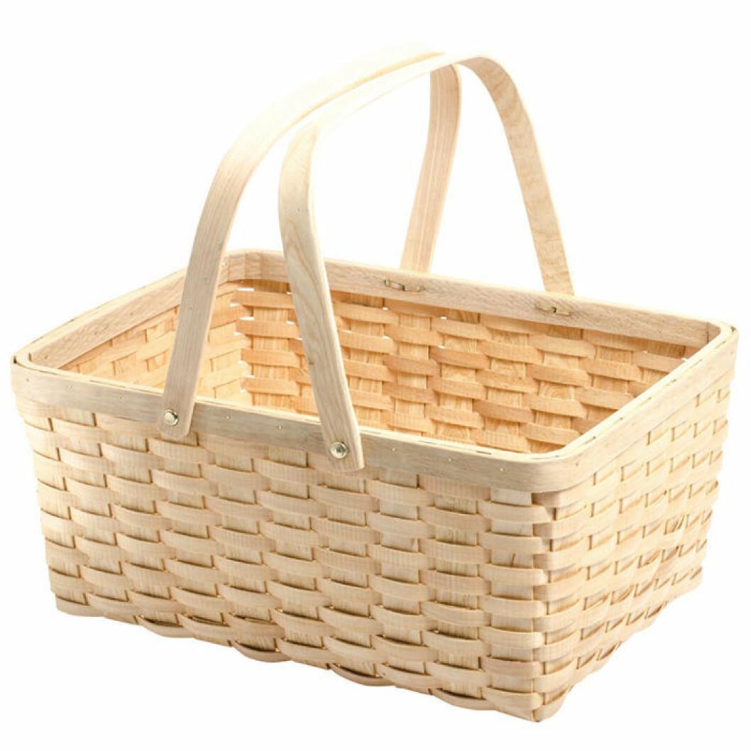 Flätad picknickkorg