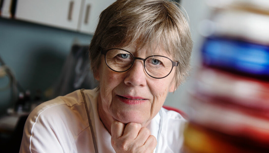Porträtt av Agnes Wold som berättar att det inte går att boosta immunförsvaret mot coronavirus.