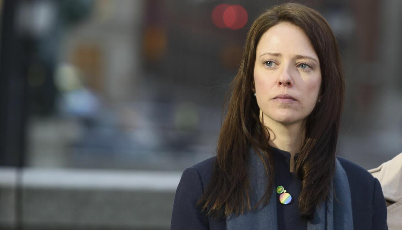 Porträtt av jämställdhetsminister Åsa Lindhagen (MP).