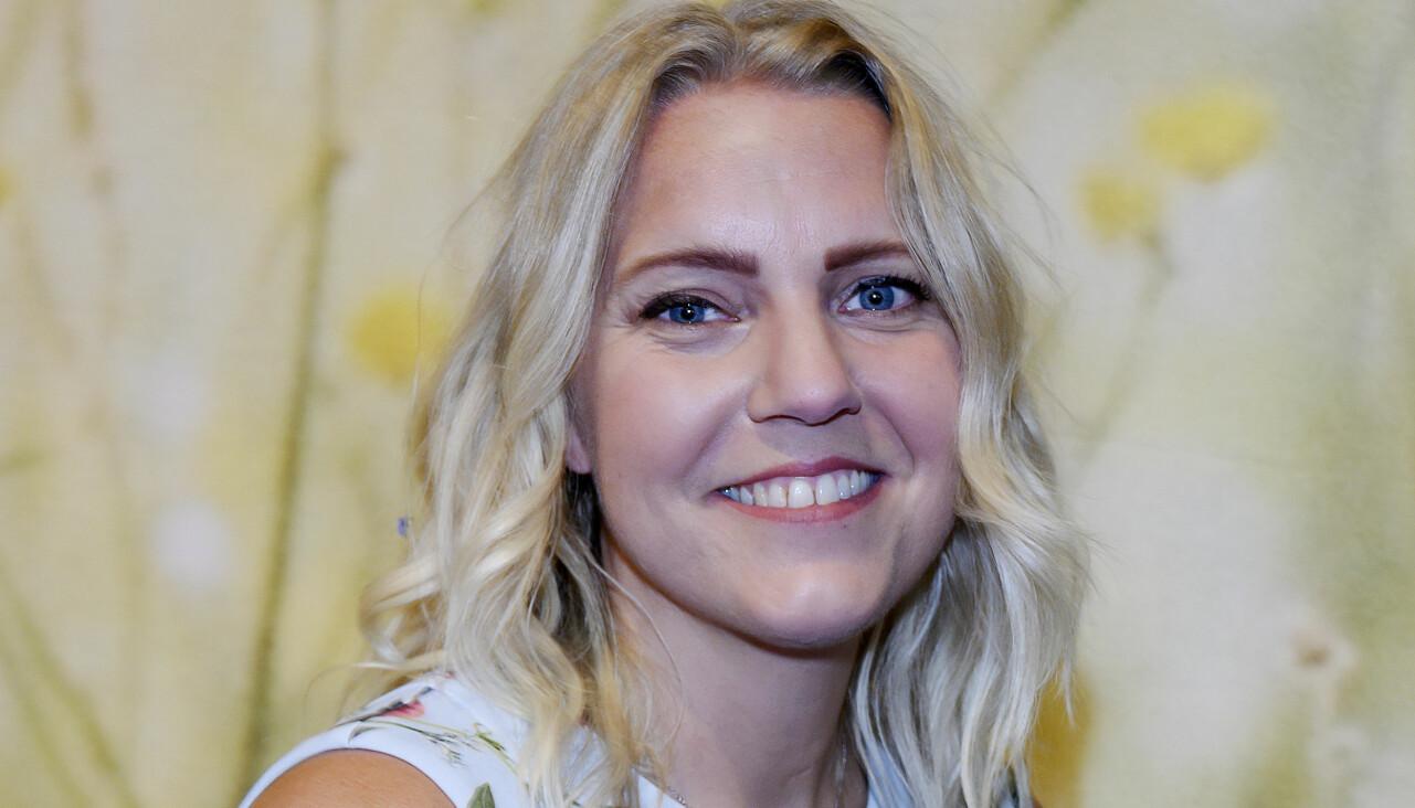 Porträtt av journalisten Carina Bergfeldt som berättar om valet av barnnamn.