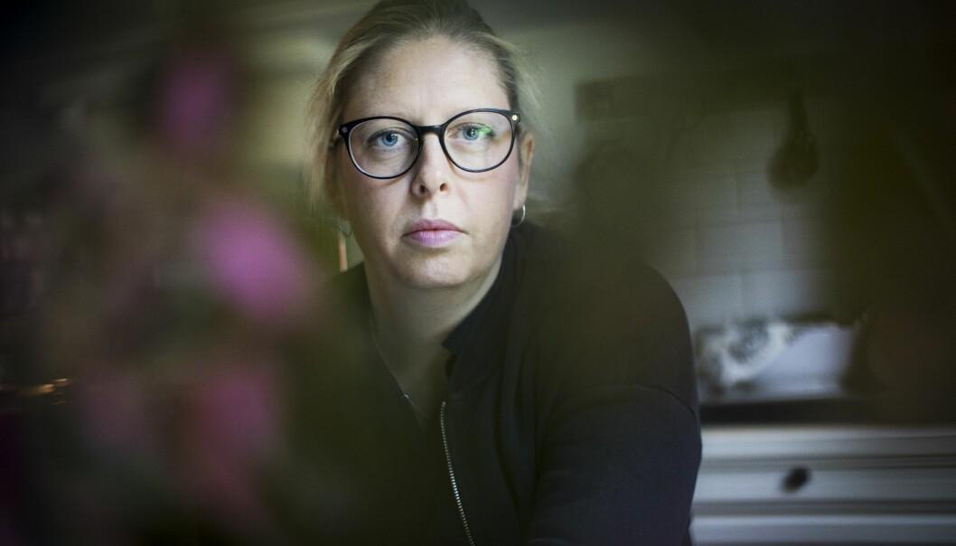 Porträtt av Karin, vars man spelade bort allt familjen ägde.