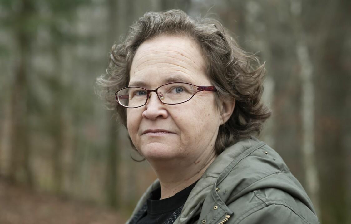 Porträtt av Ylva som överfölls på sin arbetsplats.