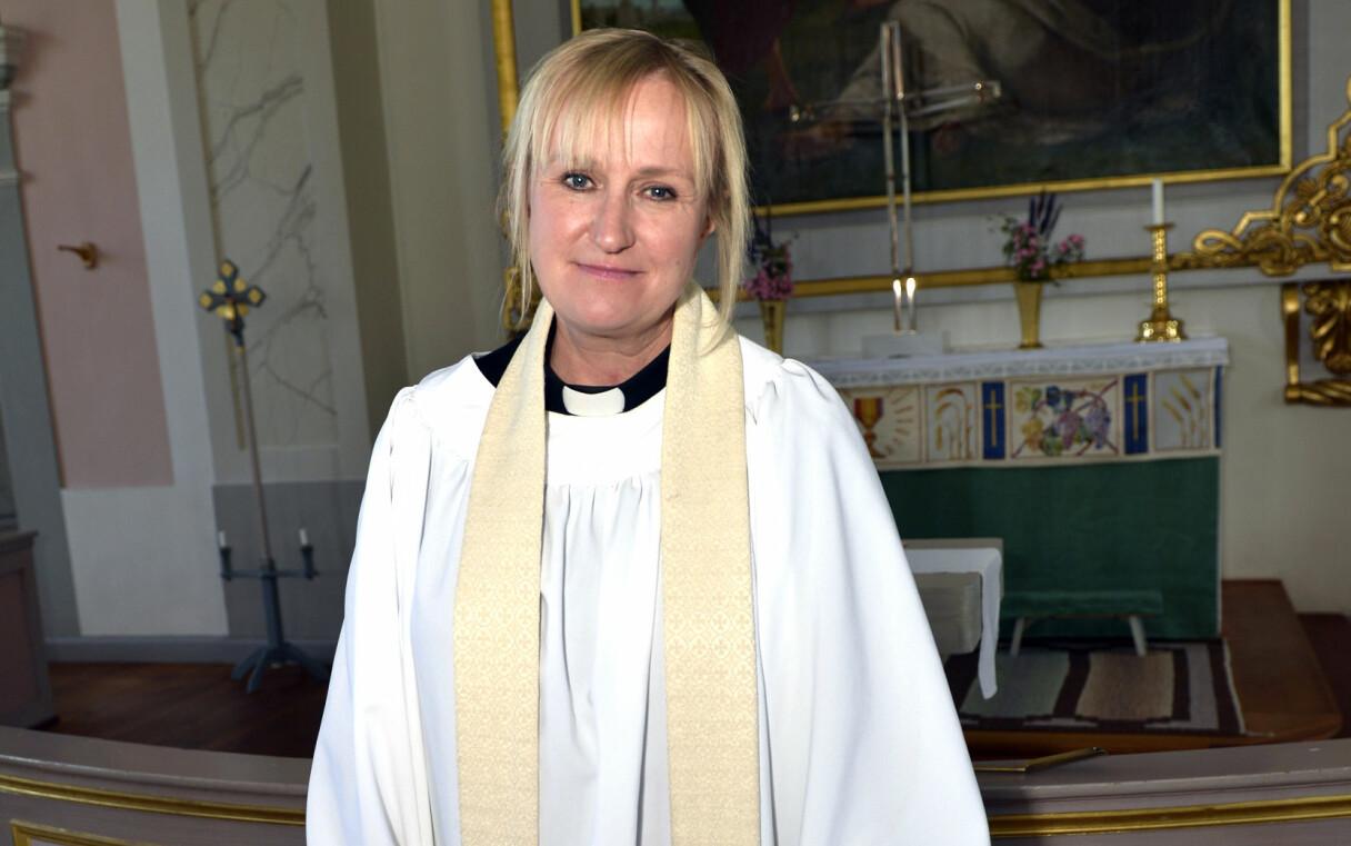 Prästen Jessica Fritzson som var nära att dö under en begravning.