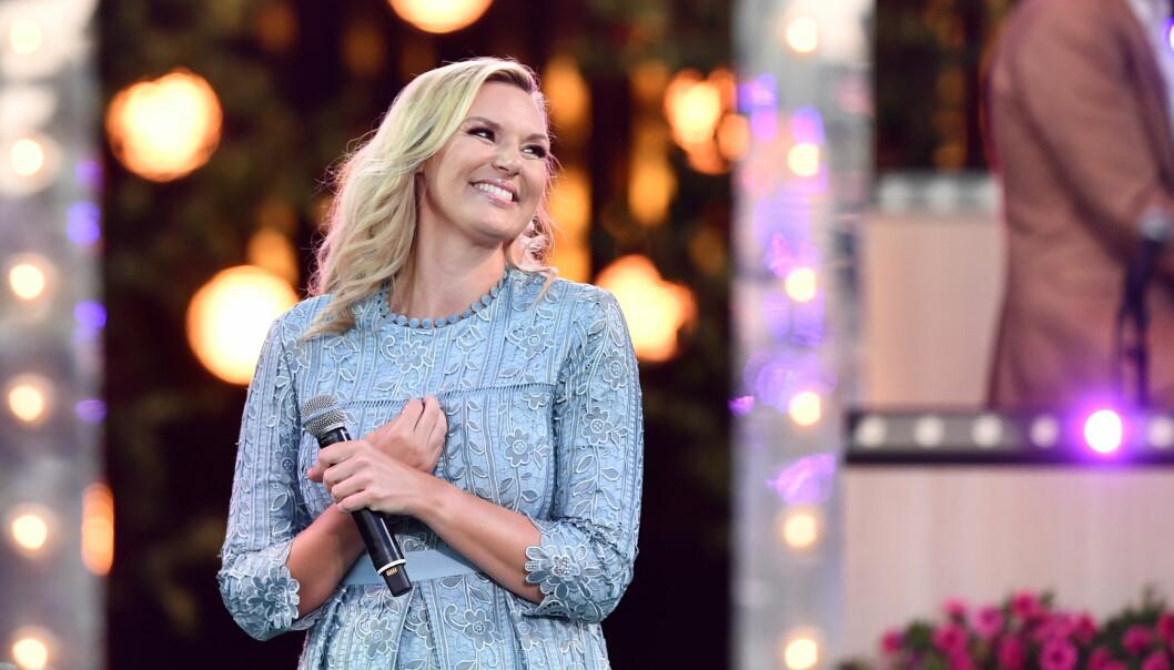 Sanna Nielsen har varit programledare för Allsång på Skansen sedan år 2016.