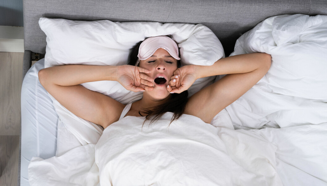 En kvinna som brukar vara trött hela dagarna på grund av saker hon gör på morgonen.