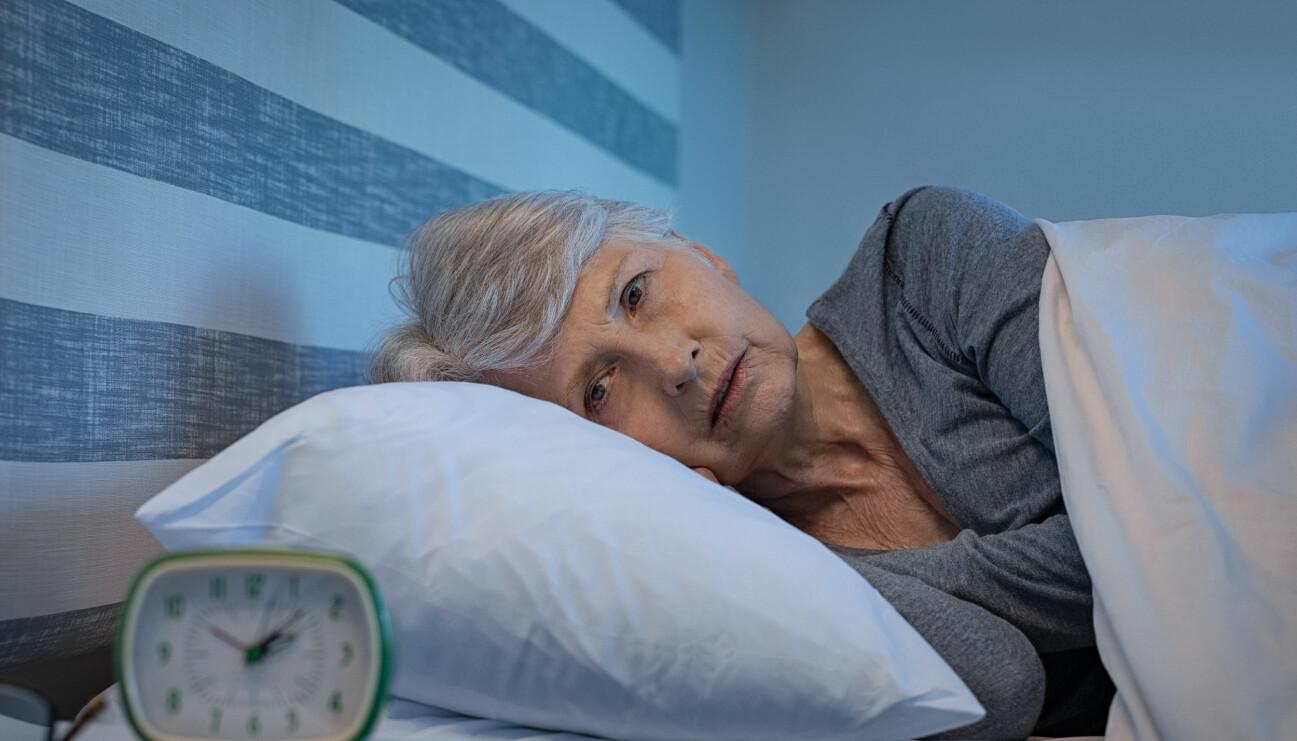 Äldre kvinna med sömnproblem