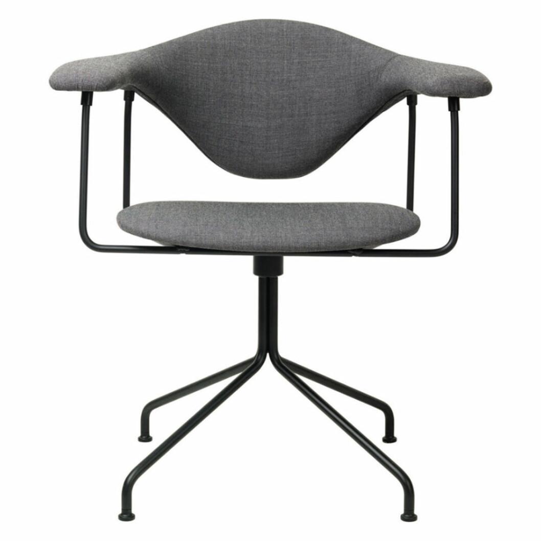 Skrivbordsstol från Gubi
