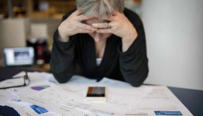 Svårt skuldsatta kan ansöka om skuldsanering.