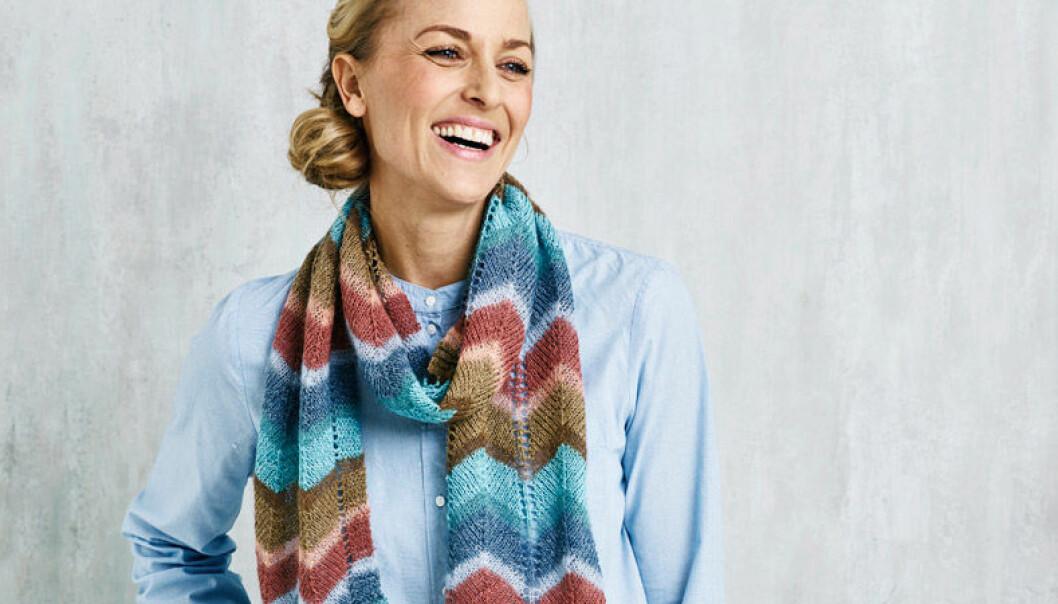 Sticka mönstrad halsduk gratis beskrivning