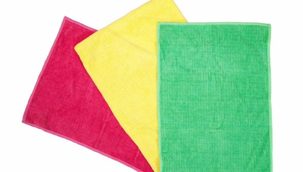 Mikrofiberdukar för rengöring i rosa, gult och grönt.