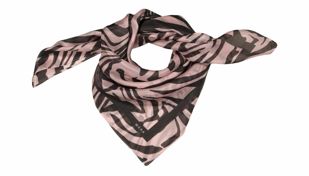 Tigermönstrad rosa scarf.