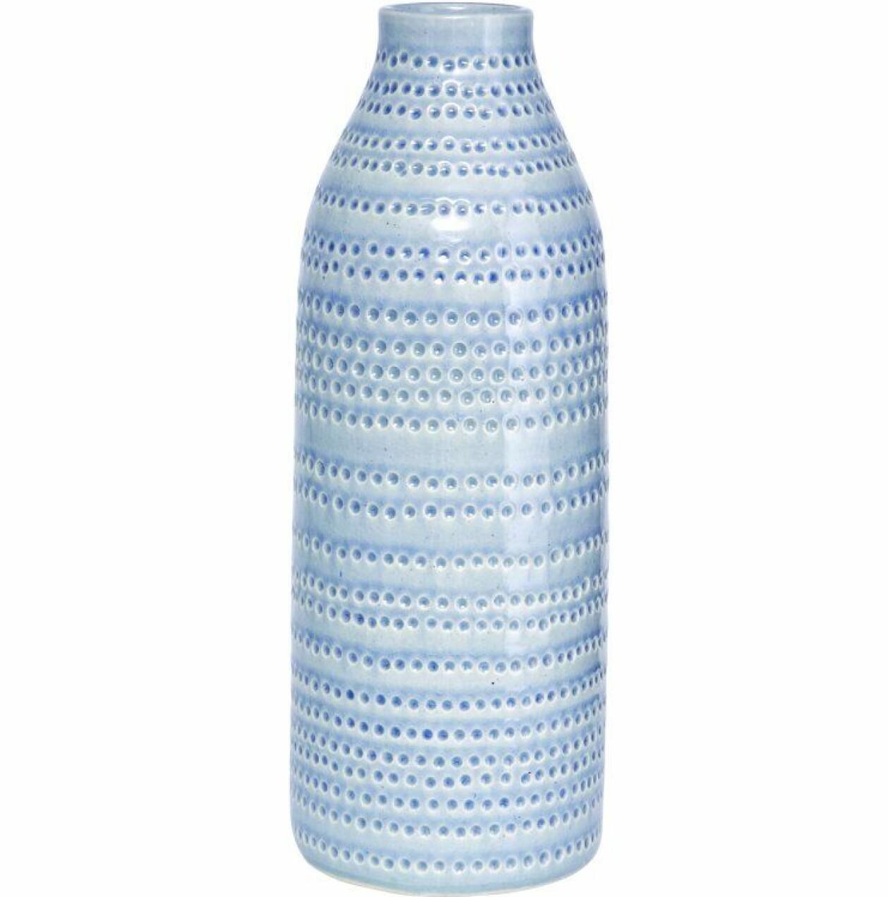 Vas i ljusblå keramik med prickmönster, från House Doctor