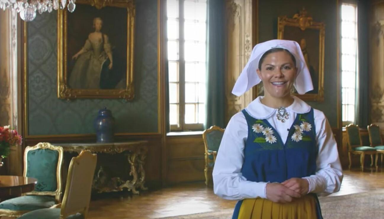 Victoria på nationaldagen som slottsguide