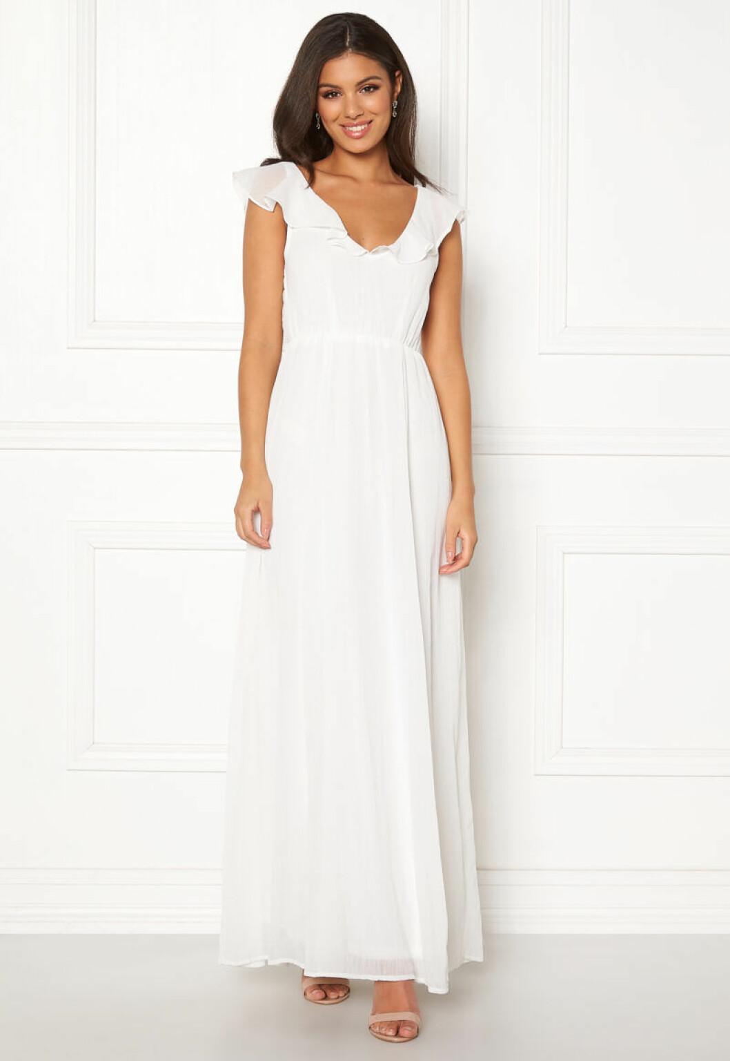 Vit klänning till brudtärnor