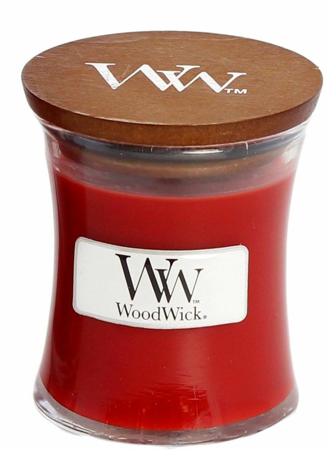 Doftljus från Woodwick med doft av jul