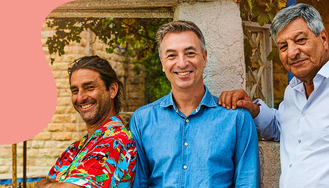 Zafer Taylor, Tareq Taylor och Seif Daoudi på pressbilden för Tareq Taylors matresa i SVT.